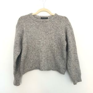 Brandy Melville | Cropped Gray Sweater | OS